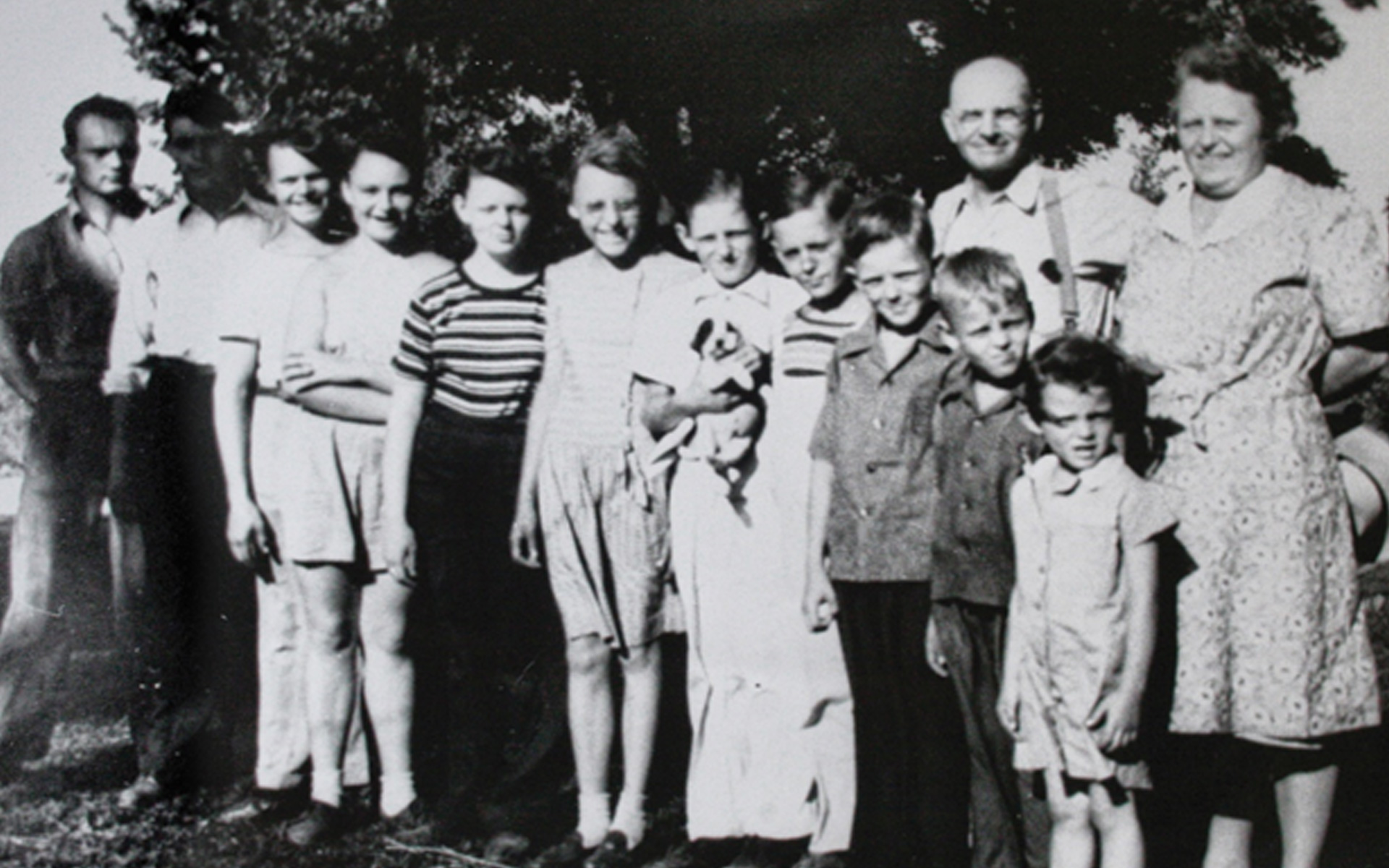 Wm. T. Spaeder's family photo from the 1940's